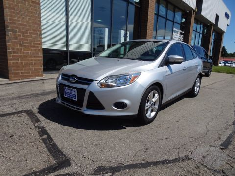 Pre-Owned 2013 Ford Focus SE FWD